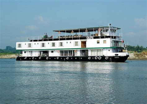 Steamboat Tebet by 25 Best Ideas About Brahmaputra River On