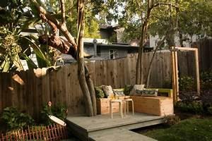 Sitzecke Aus Holz : sichtschutz aus holz gartenzaun bauen ~ Indierocktalk.com Haus und Dekorationen