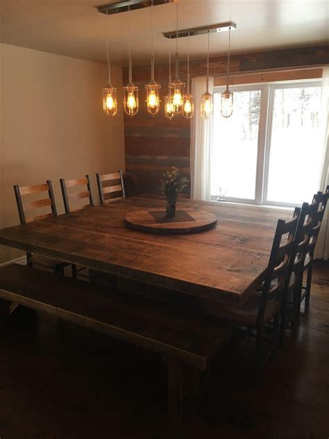 table cuisine sur mesure table carrée bois de pin recyclé table sur mesure bois