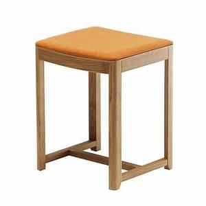 Hocker Aus Holz : seleri stool hocker aus holz mit sitz aus holz oder mit gepolstertem sitz sitzh he 45 oder 75 ~ Markanthonyermac.com Haus und Dekorationen