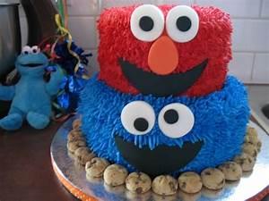 Elmo/cookie Monster Cake - CakeCentral com