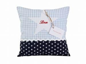 Kissen Mit Namen Nähen : namenskissen kleiner stern kissen mit namen von tina und lilli auf 30x40 35 pillows ~ Watch28wear.com Haus und Dekorationen
