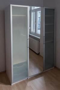 Ikea Schränke Pax : ikea pax schrank mit spiegel und milchglast ren 200x150x60 in karlsruhe schr nke sonstige ~ Buech-reservation.com Haus und Dekorationen