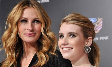 how old is actress julia roberts emma roberts on taking style cues from aunt julia roberts