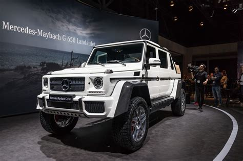 We may earn money from the links on this page. Mercedes-Maybach Classe G 650 Landaulet : le sens de la démesure
