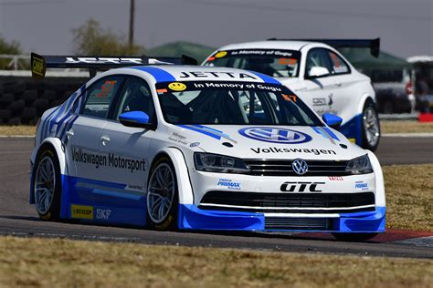 volkswagen jetta race car vw jetta gtc global touring cars
