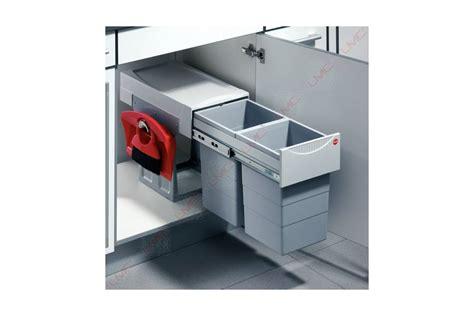 poubelle cuisine 2 bacs poubelle coulissante tri selectif 2 bacs 30l accessoires