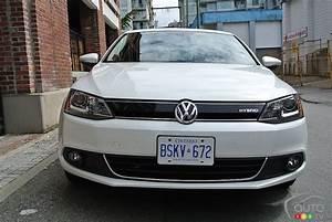 Volkswagen Jetta Hybride : volkswagen jetta hybride turbo 2014 essai routier essai routier essais routiers auto123 ~ Medecine-chirurgie-esthetiques.com Avis de Voitures