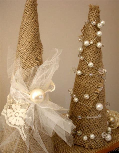 shabby chic christmas bunting 21 amazing shabby chic christmas decoration ideas feed inspiration