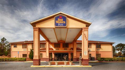 Best Western Nov Hotel  Hotelroomsearcht. Santiago Hotel. Grand Park Otaru Hotel. Jeju Oriental Hotel. NH Cavalieri. Colorful City Hotel. Pullman Bali Legian Nirwana Hotel. Daisy Bank Cottages. St James Apartments