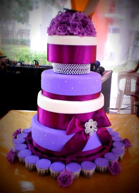 1000 Ideas About Purple Wedding Cakes On Pinterest
