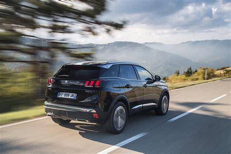si鑒e auto sport black il nuovo suv peugeot 3008 è car of the year 2017 peugeot