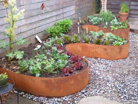 Metal Garden Edging Ideas 15 awesome diy garden bed edging ideas