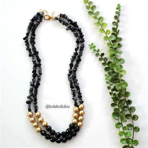 kalung batu abepura hitam
