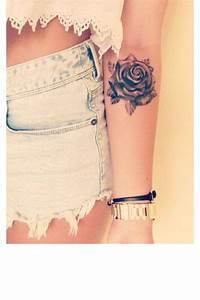 Tatouage Avant Bras Femme Fleur : tatouages 50 dessins fleuris pour un esprit romantique tatoo pinterest tatouage ~ Farleysfitness.com Idées de Décoration