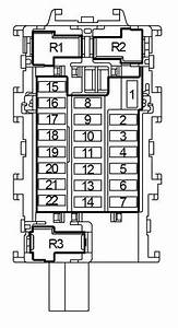 Nissan Versa Note  2013 - 2018  - Fuse Box Diagram