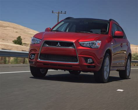 2011 Mitsubishi Outlander Sport Review by 2011 Mitsubishi Outlander Sport Review Top Speed