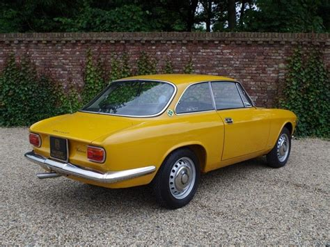 Alfa Romeo Giulia Sprint Gt Veloce CoupÉ 1967 For Sale On