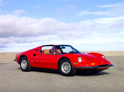 With the sales of the dino 246 gt stable, ferrari looked to increase its popularity still further by introducing an open version. Dino 246 GTS | Ferrari | SuperCars.net