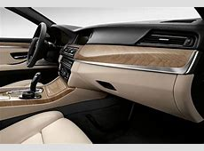 BMW chooses newly developed ABS for efficient glove box