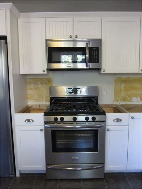 microwave over stove best 25 over range microwave ideas on pinterest over