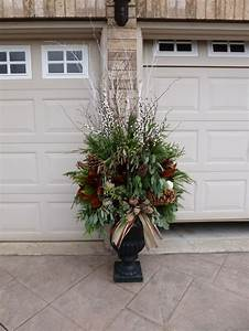 25 Best Ideas About Outdoor Christmas Planters On, Outdoor ...