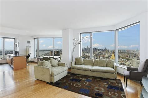 spruce street apartments  rent  financial