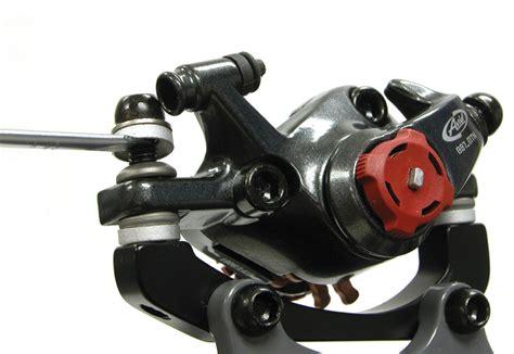 Avid® Mechanical Disc Adjustment