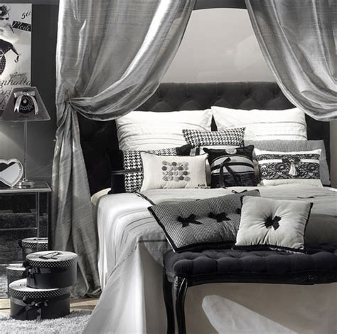 chambre en gris et blanc déco chambre carnet déco
