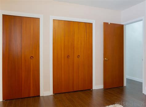 what are the different types of interior doors with