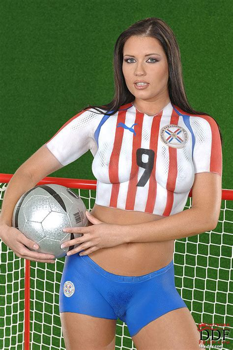 Veronica da Souza - Veronica da Souza loves soccer and hansome players, that is...