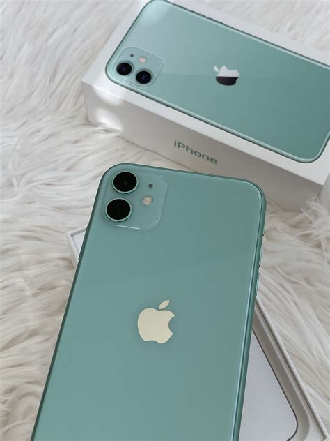 aesthetic midnight green iphone 11 pro wallpaper