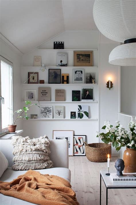 deco mur blanc idees originales salons minimalistes