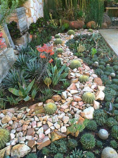 Garden Beautiful Succulents by So Beautiful Succulent Garden Succulent Plants And Rocks