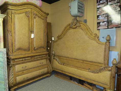bahama king bed armoire set