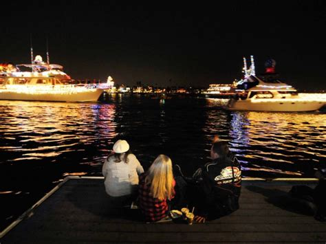 photos boat parade lights up newport harbor