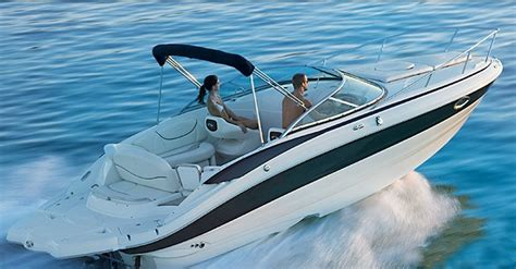 Family Boats by 10 Top Express Cruisers Favorites For Family Boating