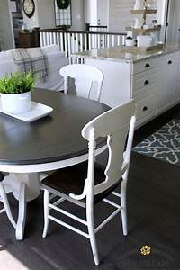 white kitchen table and chairs Farmhouse Style Painted Kitchen Table and Chairs Makeover ...