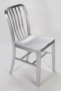 Aluminum Restaurant Chairs -- 12 Reasons to Choose
