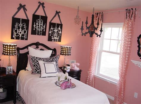 black pink and white bedroom 20 gorgeous pink and black accented bedrooms home design 18350 | 2 Atlanta Traditional