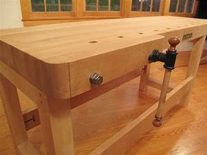 New Workbench from Lie-Nielsen Toolworks - Popular Woodworking Magazine