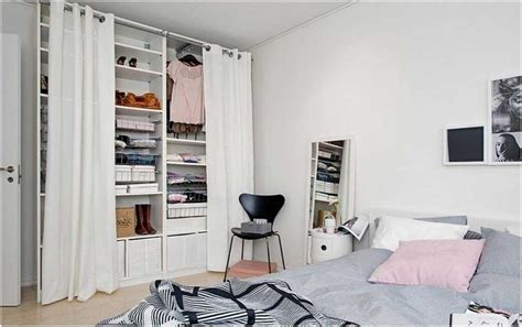penderie chambre dressing chambre penderie etageres boites