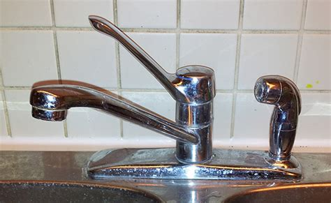 fixing moen kitchen faucet how to tighten an moen kitchen sink faucet where the