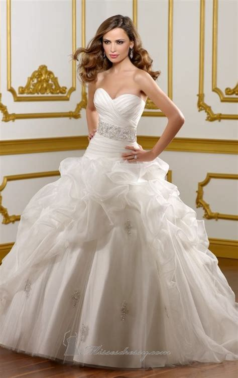 20 Beautiful Wedding Dresses For Modern Brides Style