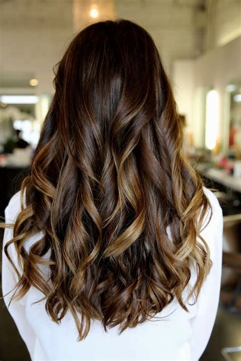 Long Layered Wavy Hairstyles Back View   Hairstyles Ideas
