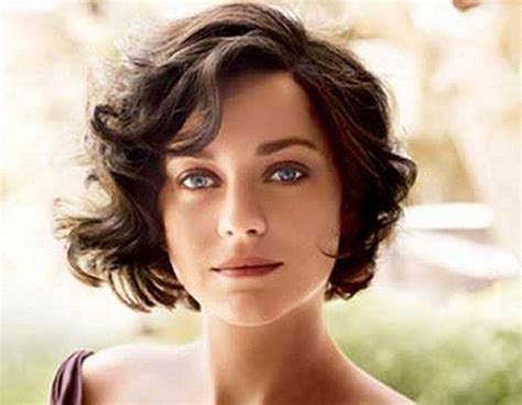 25+ Best Ideas About Short Wavy Hair On Pinterest