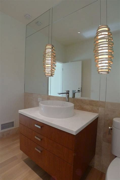 unique bathroom lighting
