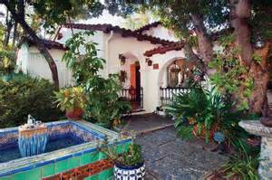 hacienda courtyards photo gallery restoring a 1930s house house