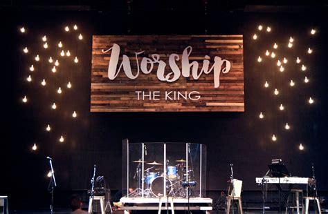 wood screen church stage design ideas