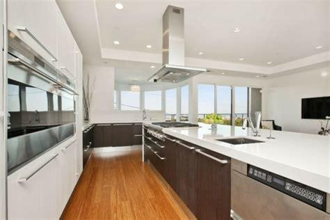 hotte de cuisine pour ilot central idées de cuisine moderne style élégance pour votre maison
